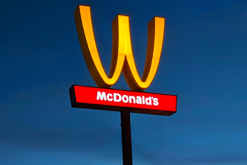 mcdonalds-upside-down-arches-womens-day-005